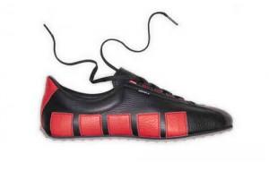 Die Edelsneakers mit den fünf Klötzli sollen in Zukunft auch den Chinesischen Markt erobern, photo taken by www.shop-kuenzli-schuhe.ch